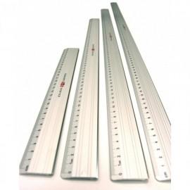 Pravítko 80 cm kovové