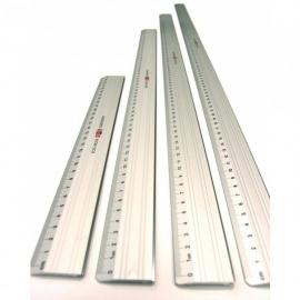 Pravítko 40 cm kovové  s řezací hranou
